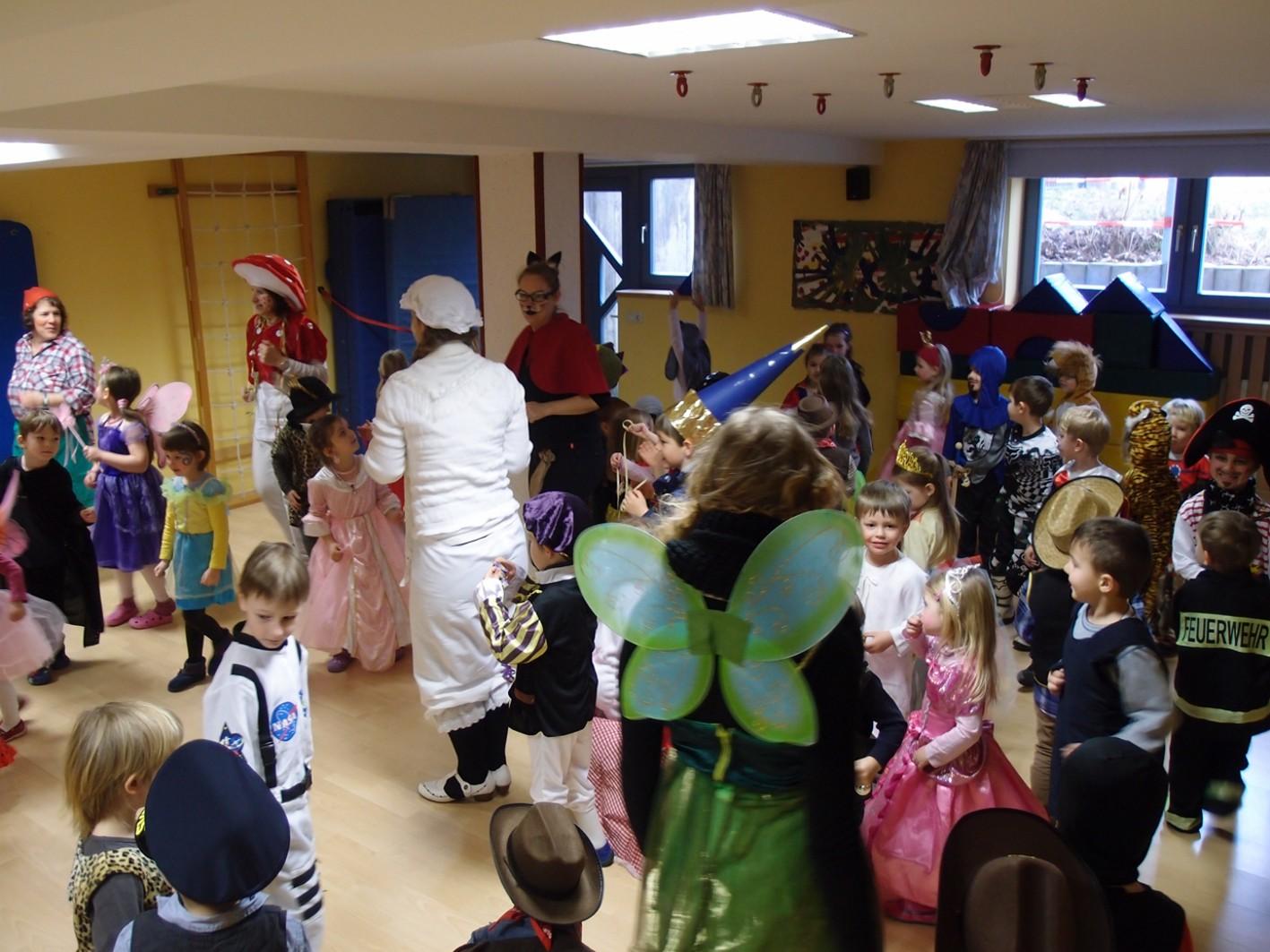 Fasching Thema Marchen Gemeindekindergarten Fichtenstrasse